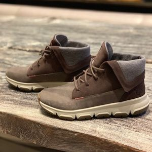 NWT Helly Hansen Abrielle Boot - size 9.5